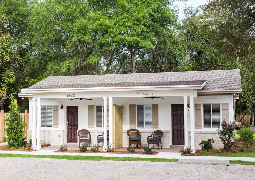 Peace and Tranquility - cozy beach cottages in 30A Florida